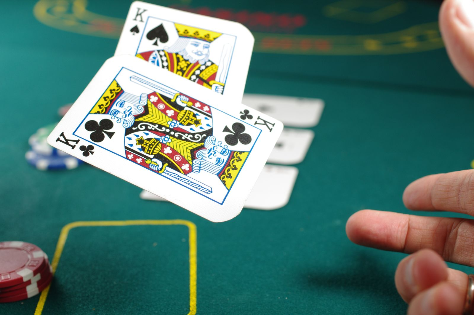 Monday Poker Nights In Denver At Daddy S Bar Grill
